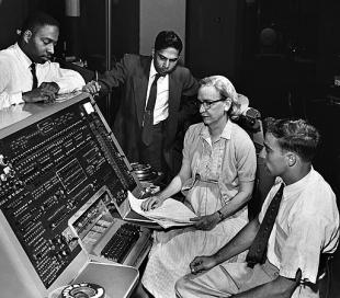 Grace Hopper photo